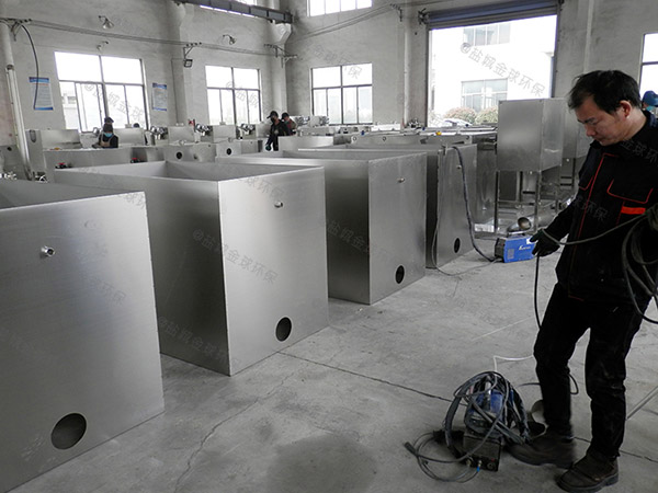 餐饮厨房水池中小型隔油隔渣隔悬浮物水与油分离设备施工方案
